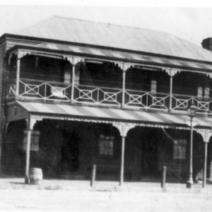 1883 - O'Connell's Barrier Ranges Hotel